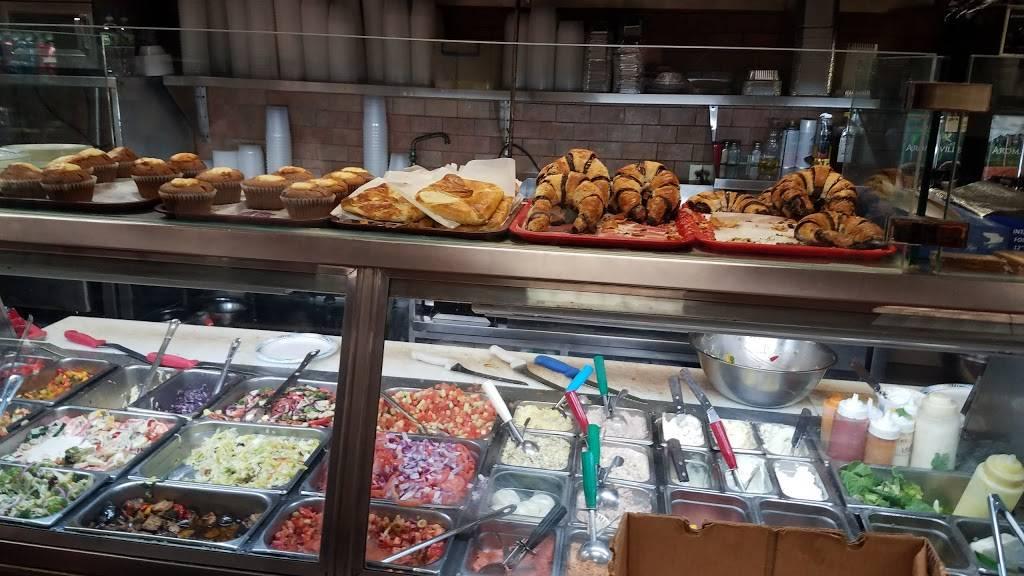 Green & Ackermans Restaurant & Pizza | restaurant | 216 Ross St, Brooklyn, NY 11211, USA | 7183842540 OR +1 718-384-2540