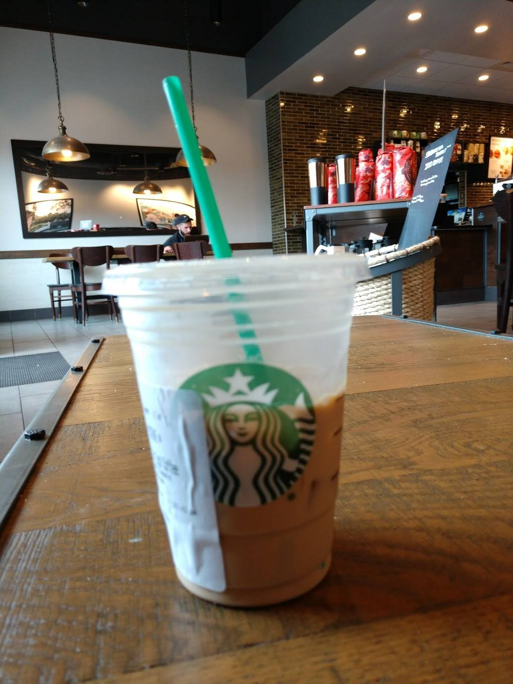 Starbucks | cafe | 456 Center St, Ludlow, MA 01056, USA | 4133359917 OR +1 413-335-9917