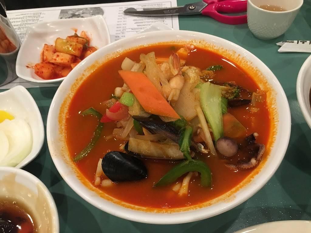 Gyeong Hoe Ru | restaurant | 1355 16th St, Fort Lee, NJ 07024, USA | 2012246600 OR +1 201-224-6600