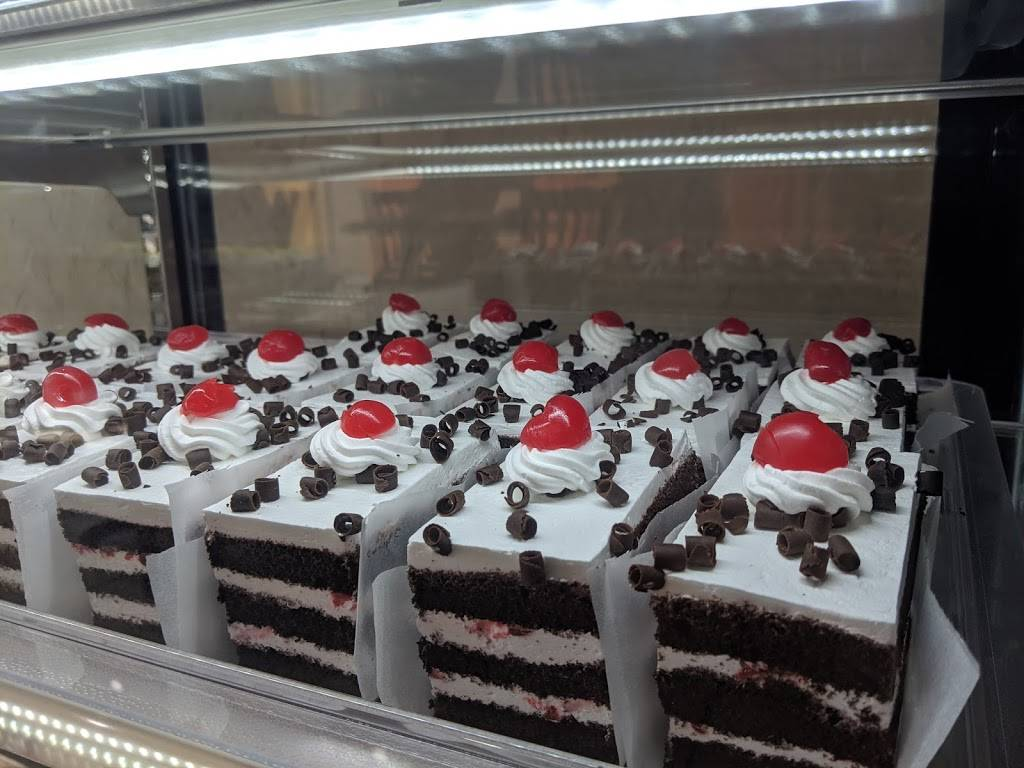 Dadus Bakery & Sweets | restaurant | 8495 Sancus Blvd, Columbus, OH 43240, USA | 6145050047 OR +1 614-505-0047