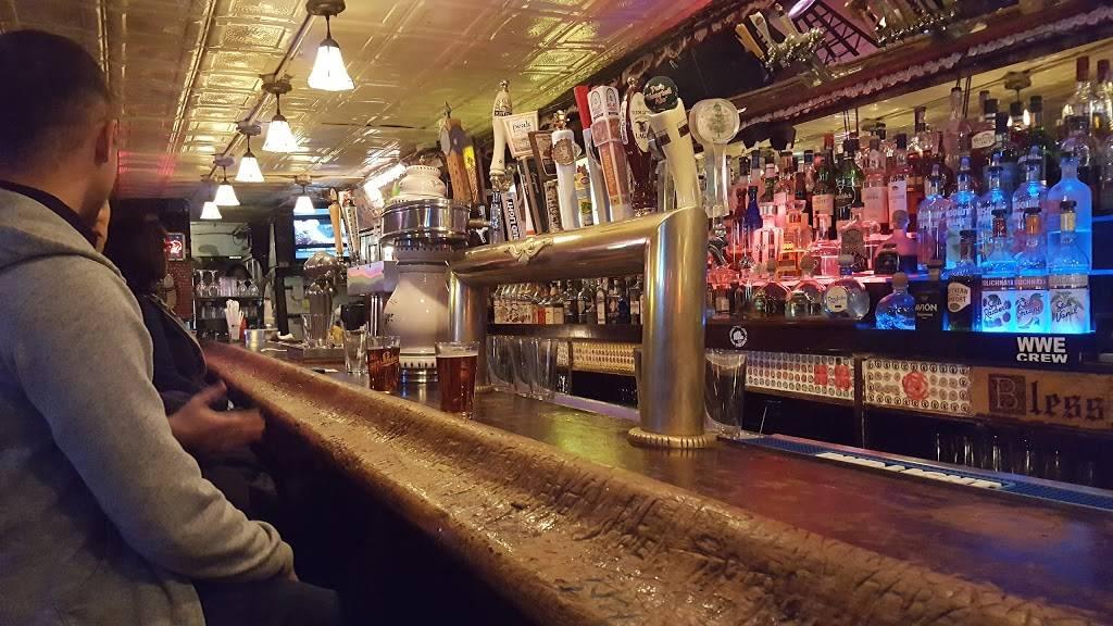 Peculier Pub | restaurant | 145 Bleecker St, New York, NY 10012, USA | 2123531327 OR +1 212-353-1327