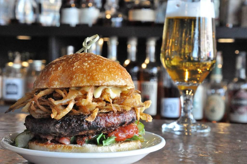 Five Horses Tavern | restaurant | 400 Highland Ave, Somerville, MA 02144, USA | 6177641655 OR +1 617-764-1655