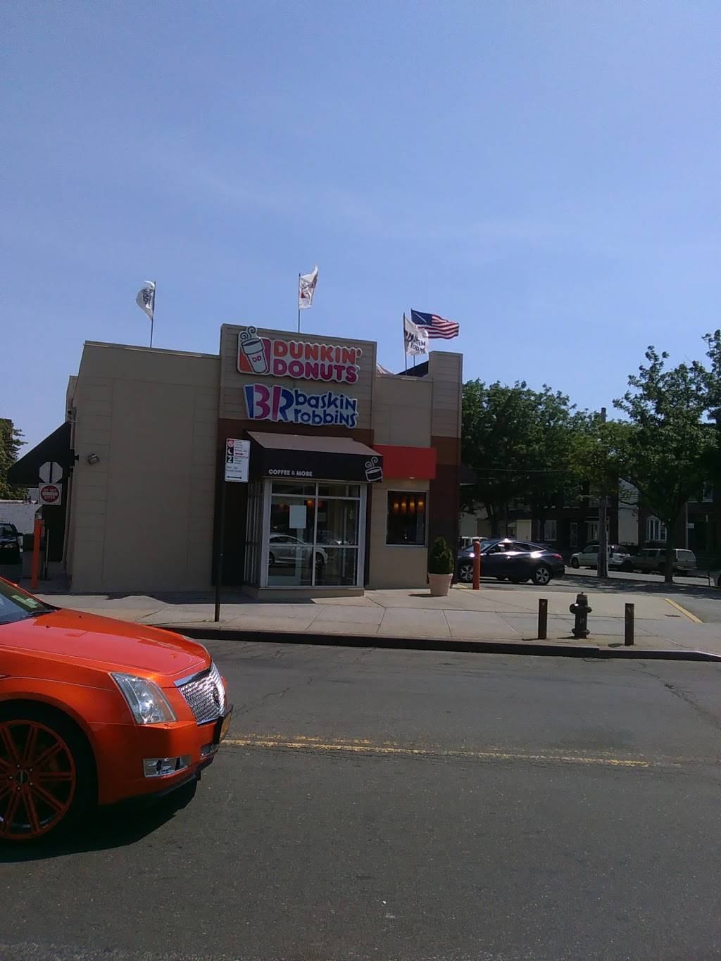 Dunkin | bakery | 13850 Jamaica Ave, Queens, NY 11435, USA | 7182913107 OR +1 718-291-3107
