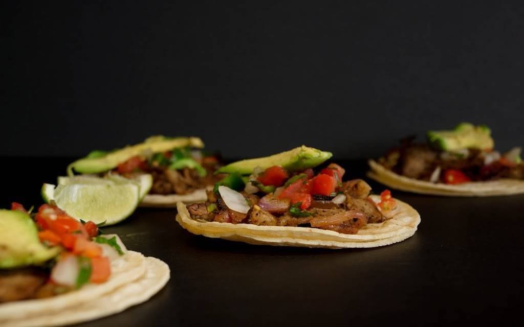 Taqueria Los Güeros | restaurant | 46 W Palisade Ave, Englewood, NJ 07631, USA | 2014085924 OR +1 201-408-5924