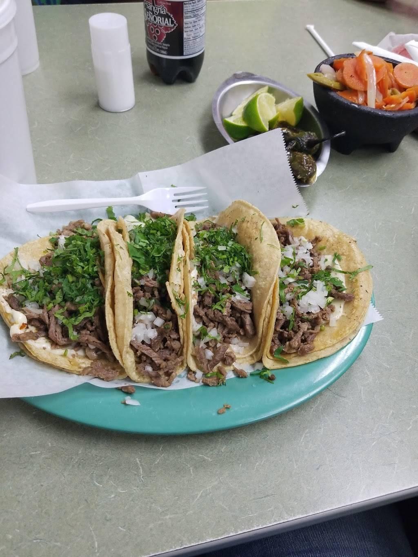 Indio Restaurant   restaurant   6037 W Cermak Rd, Cicero, IL 60804, USA   7088635714 OR +1 708-863-5714