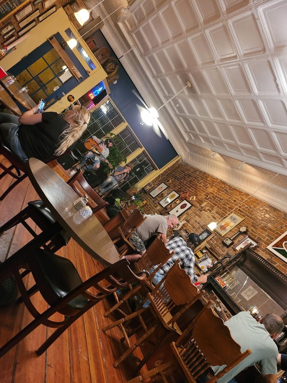 Bellamy Cafe   cafe   104 Main St E, Wartrace, TN 37183, USA   9313893821 OR +1 931-389-3821