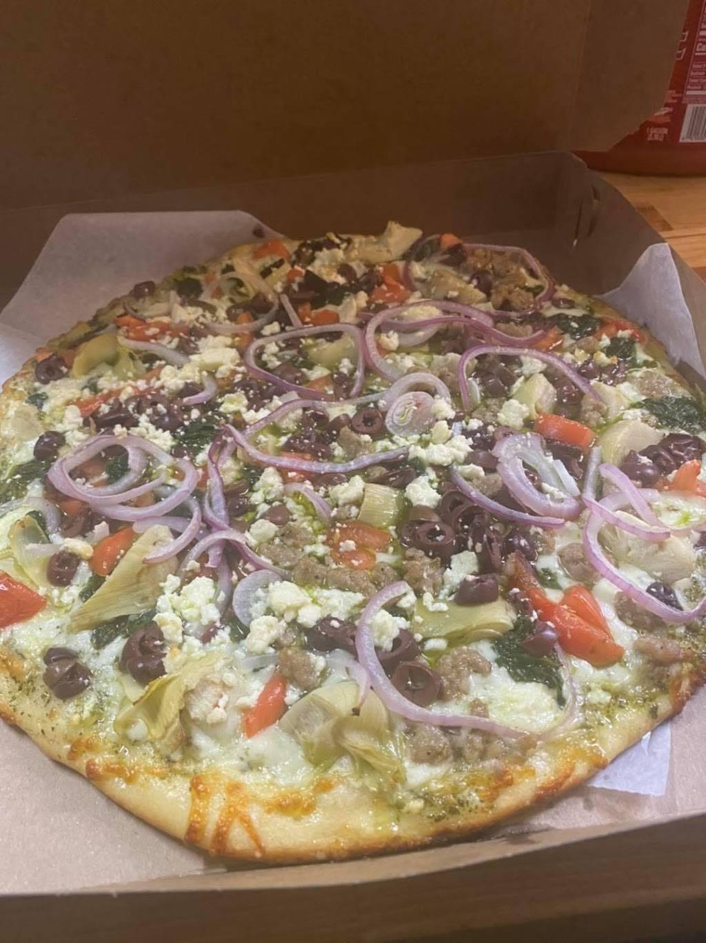My Sisters Pizza | restaurant | 6 Union St, Winthrop, ME 04364, USA | 2073955006 OR +1 207-395-5006