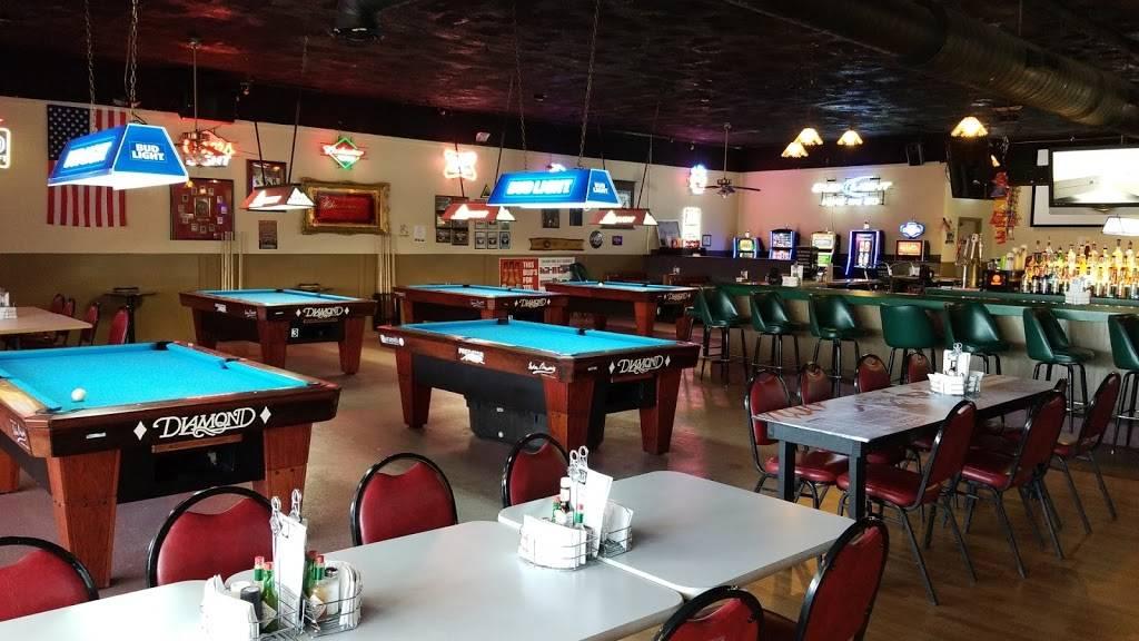 Route 34 Pub & Grub   restaurant   1201 E Church St, Sandwich, IL 60548, USA   8157863861 OR +1 815-786-3861