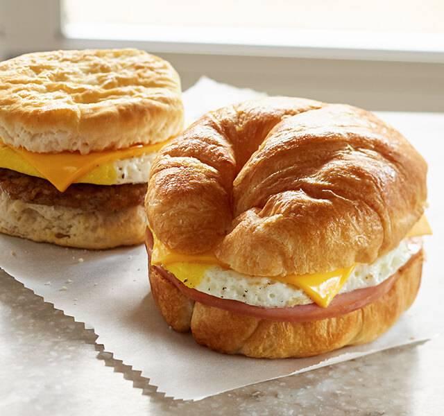 RaceTrac | bakery | 2301 U.S. Hwy 231 North, Shelbyville, TN 37160, USA
