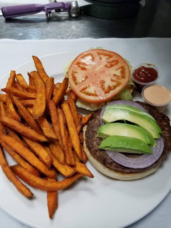 Cocina TARASCAS Mexican Restaurant | restaurant | 2585 N Clark St, Chicago, IL 60614, USA | 7735492595 OR +1 773-549-2595