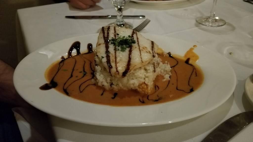 Tesoro | restaurant | 967 Old Country Rd, Westbury, NY 11590, USA | 5163340022 OR +1 516-334-0022