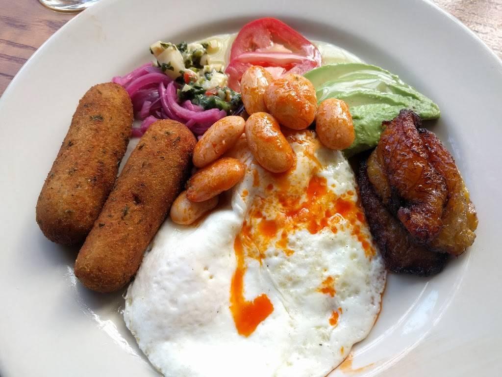 Pilar Cuban Eatery | restaurant | 397 Greene Ave, Brooklyn, NY 11216, USA | 7186232822 OR +1 718-623-2822