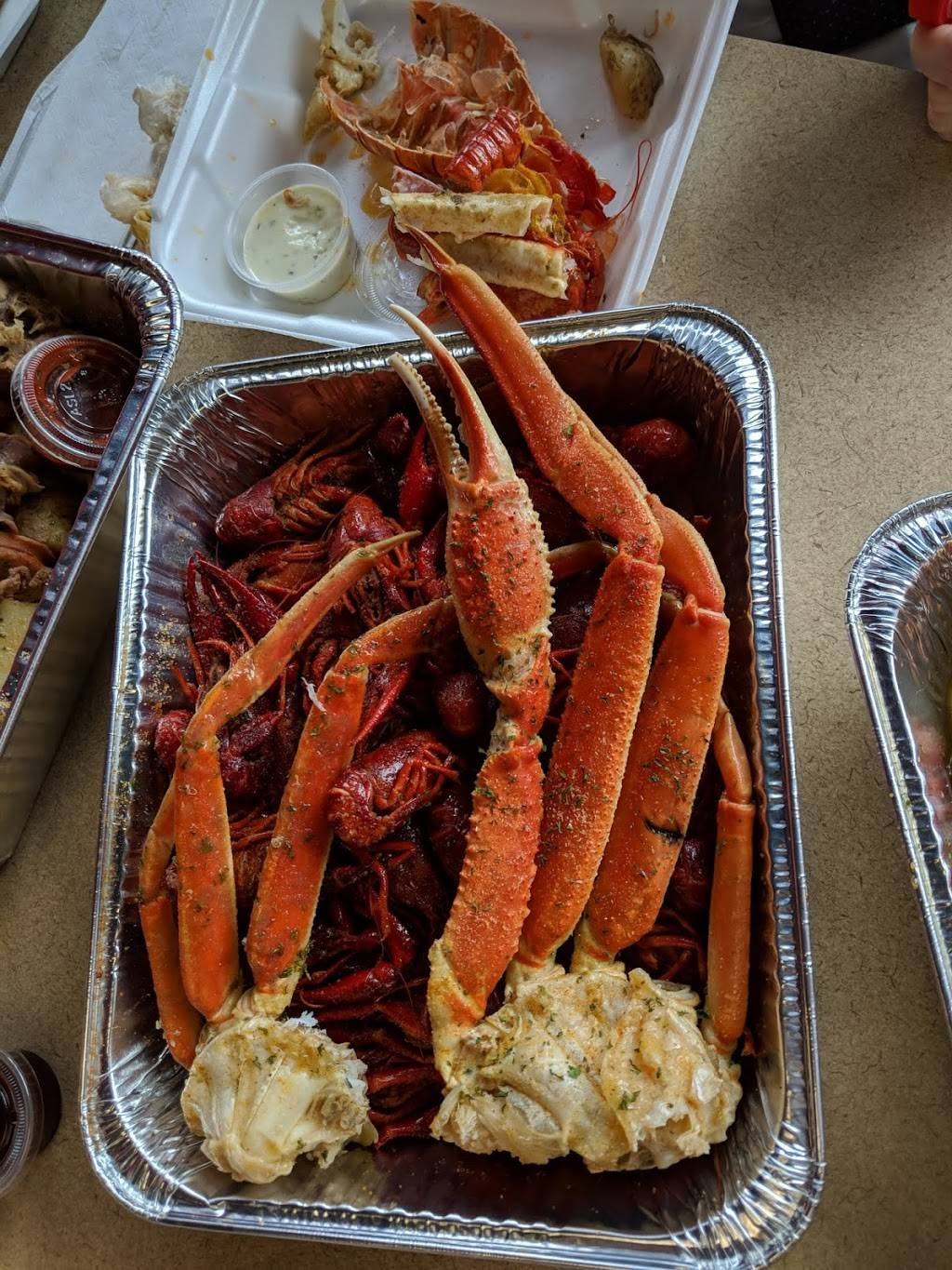 LT New Orleans Seafood Market | restaurant | 585 Joseph E Lowery Blvd SW, Atlanta, GA 30310, USA | 4045001954 OR +1 404-500-1954