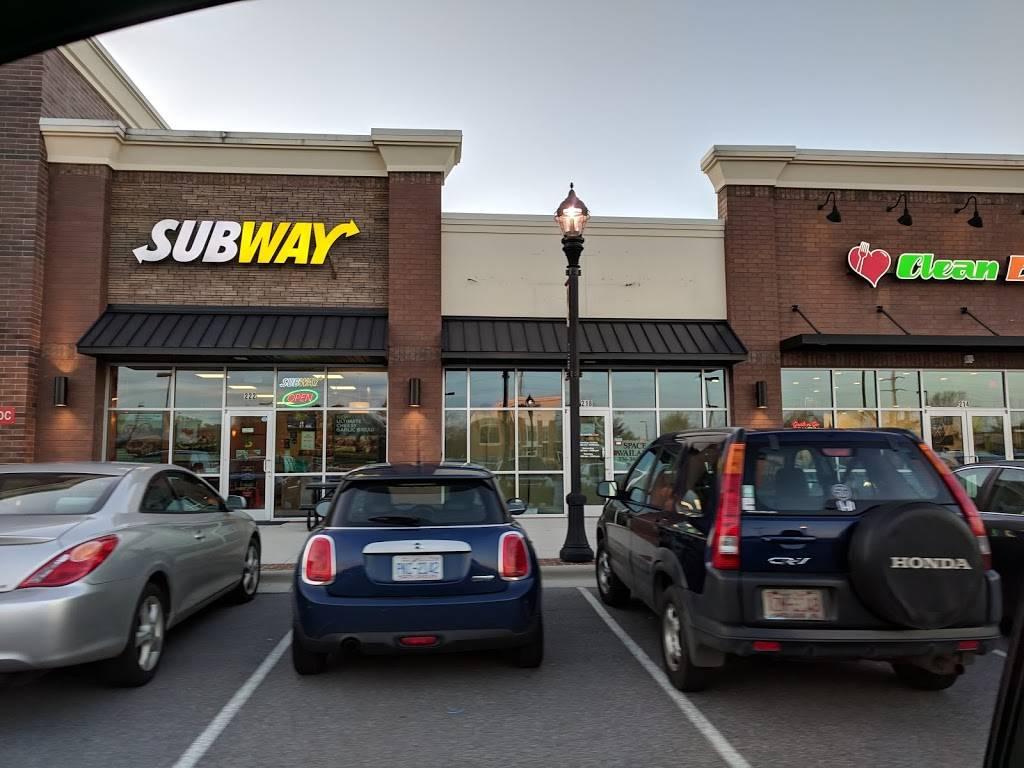 Subway | restaurant | 222 Harvey St, Winston-Salem, NC 27103, USA | 3363069613 OR +1 336-306-9613
