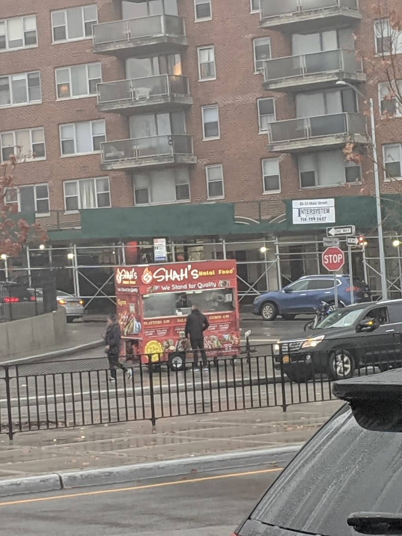 Shahs Halal Food | restaurant | Queens Blvd & Main St, Briarwood, NY 11435, USA