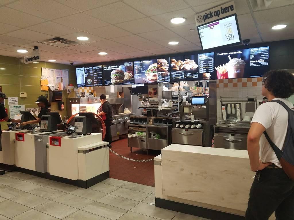 McDonalds | cafe | 208 Dyckman St, New York, NY 10040, USA | 2125692909 OR +1 212-569-2909