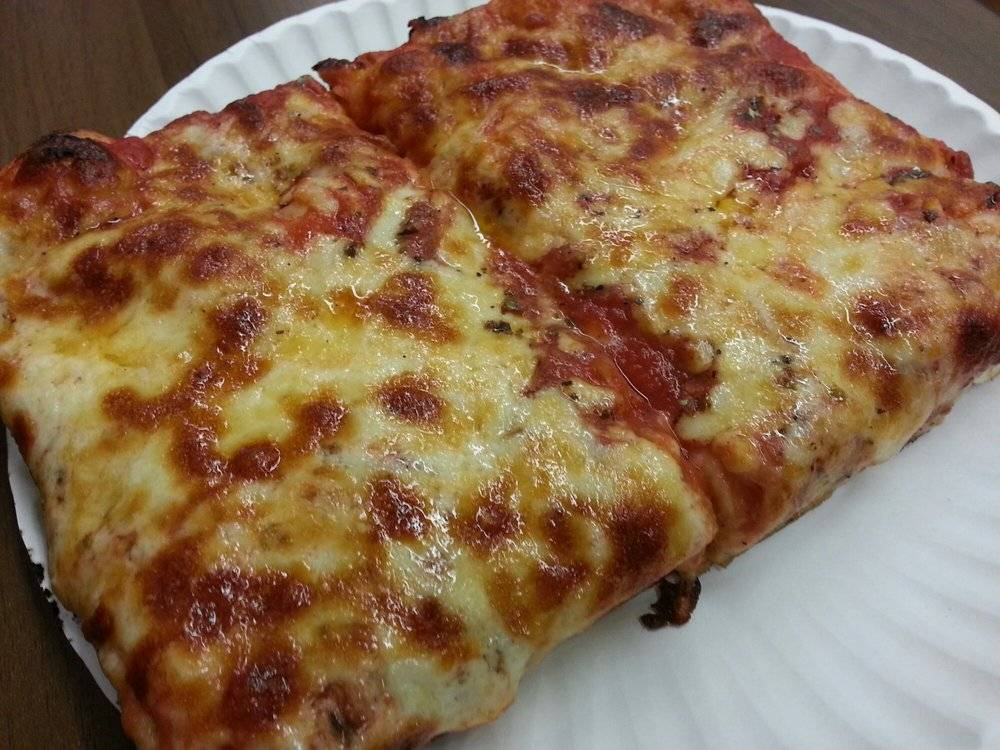 Vics Pizza | restaurant | 288 Kings Hwy, Brooklyn, NY 11223, USA | 7183362957 OR +1 718-336-2957