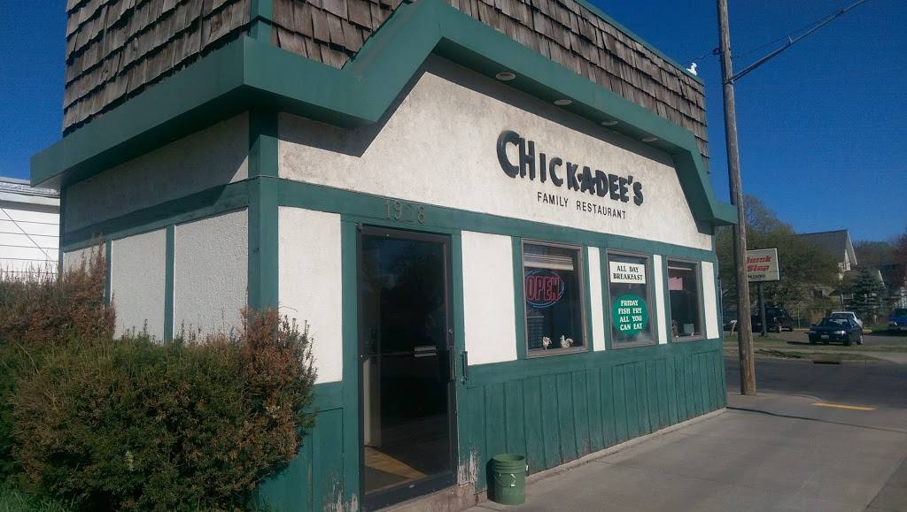 Chick-A-Dees Family Restaurant | restaurant | 1928 3rd St, Eau Claire, WI 54703, USA | 7158327724 OR +1 715-832-7724