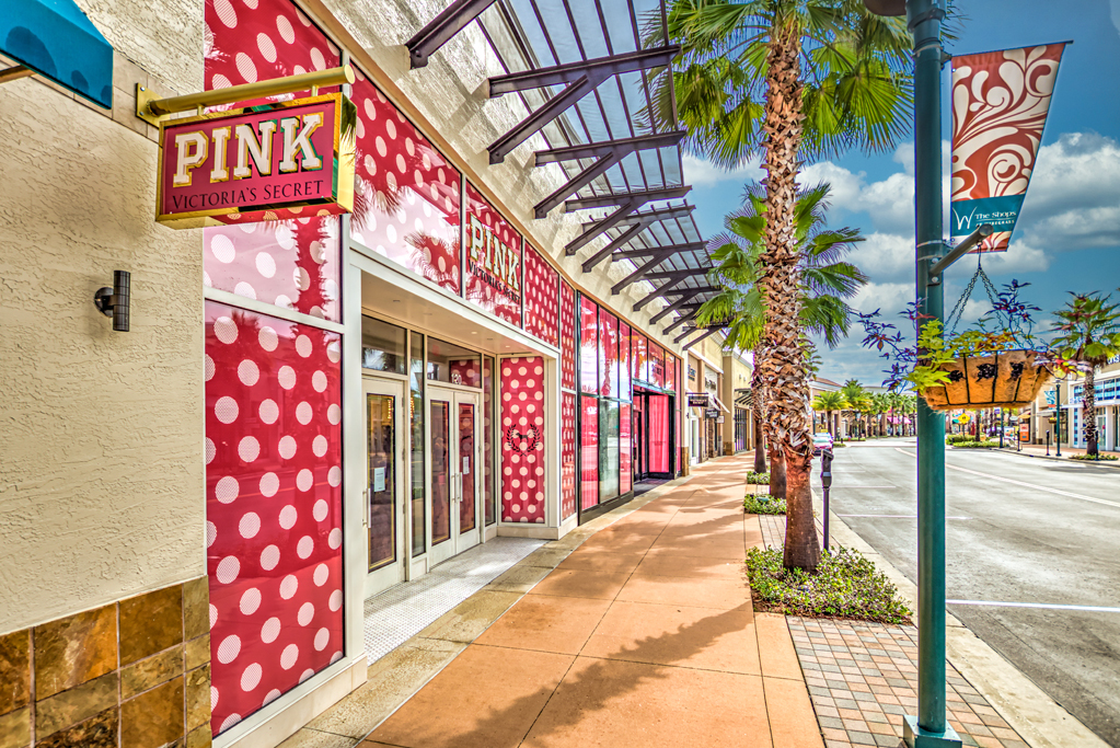 The Shops at Wiregrass | shopping mall | 28211 Paseo Drive, Wesley Chapel, FL 33543, USA | 8139942242 OR +1 813-994-2242