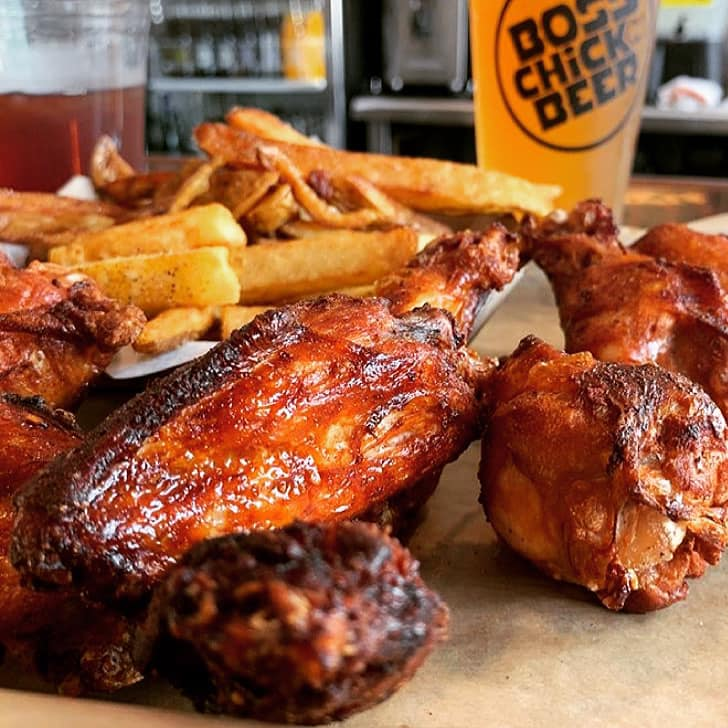 Boss Chick N Beer | restaurant | 27321 Wolf Rd, Bay Village, OH 44140, USA | 4404559686 OR +1 440-455-9686