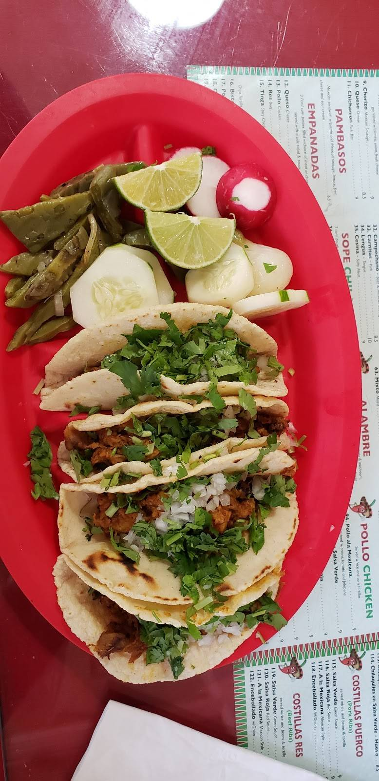 Vista Hermosa | restaurant | 35 Ridgefield Ave, Ridgefield Park, NJ 07660, USA | 2013739463 OR +1 201-373-9463