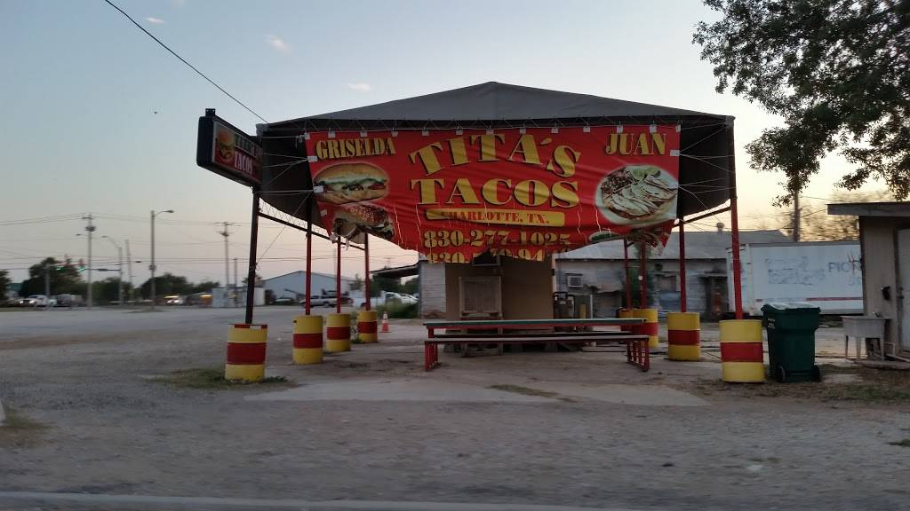 Titas Tacos | restaurant | 35 Yule Ave, Charlotte, TX 78011, USA | 8302771025 OR +1 830-277-1025