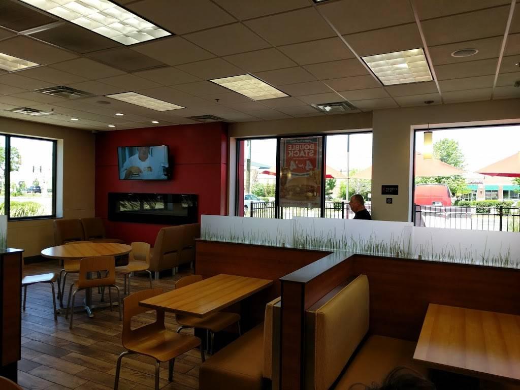 Wendys | restaurant | 1925 Boughton Rd, Woodridge, IL 60517, USA | 6309100170 OR +1 630-910-0170