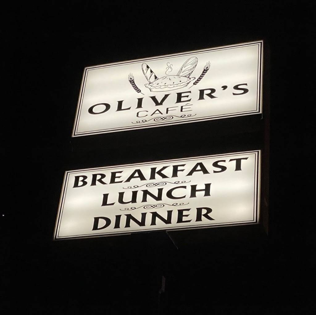 Oliver's Café | restaurant | 681 Central St, Leominster, MA 01453, USA | 9787284156 OR +1 978-728-4156