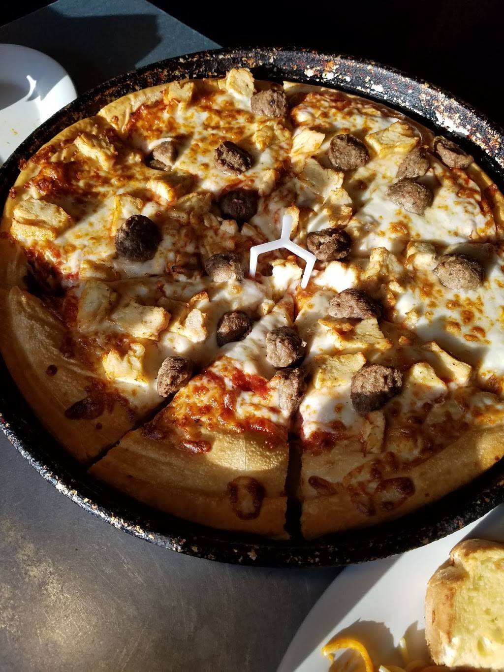 Pizza Hut | restaurant | 637 Hwy 290 E, Hempstead, TX 77445, USA | 9798268001 OR +1 979-826-8001