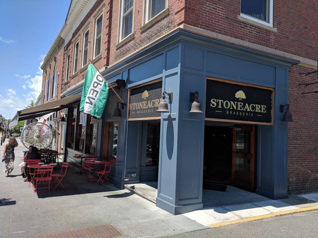 Stoneacre Brasserie | restaurant | 28 Washington Square, Newport, RI 02840, USA | 4016197810 OR +1 401-619-7810