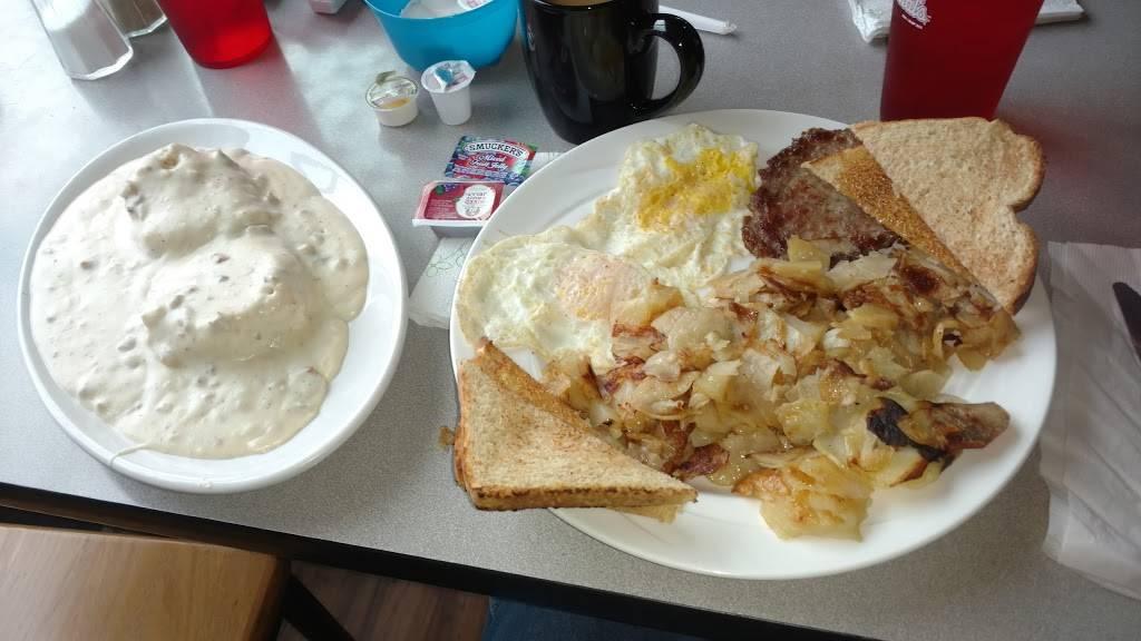 Oakdale Country Kitchen Restaurant 17 W Main St Oakdale Il 62268 Usa