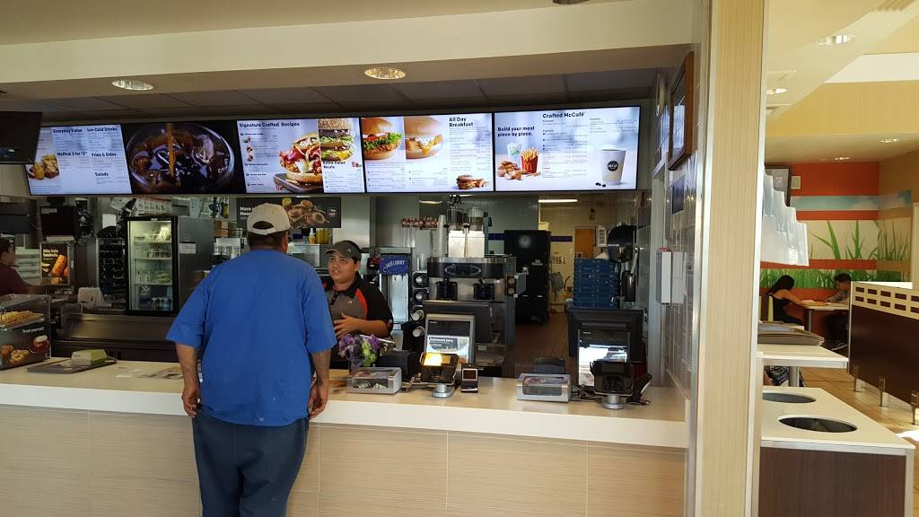 McDonalds | cafe | 1712 Pacific Coast Hwy, Harbor City, CA 90717, USA | 3105309520 OR +1 310-530-9520