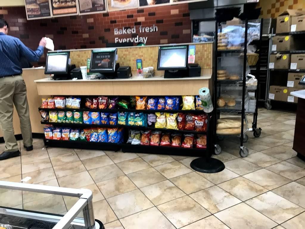 QuickChek   cafe   20/38 E 53rd St, Bayonne, NJ 07002, USA   2013393965 OR +1 201-339-3965