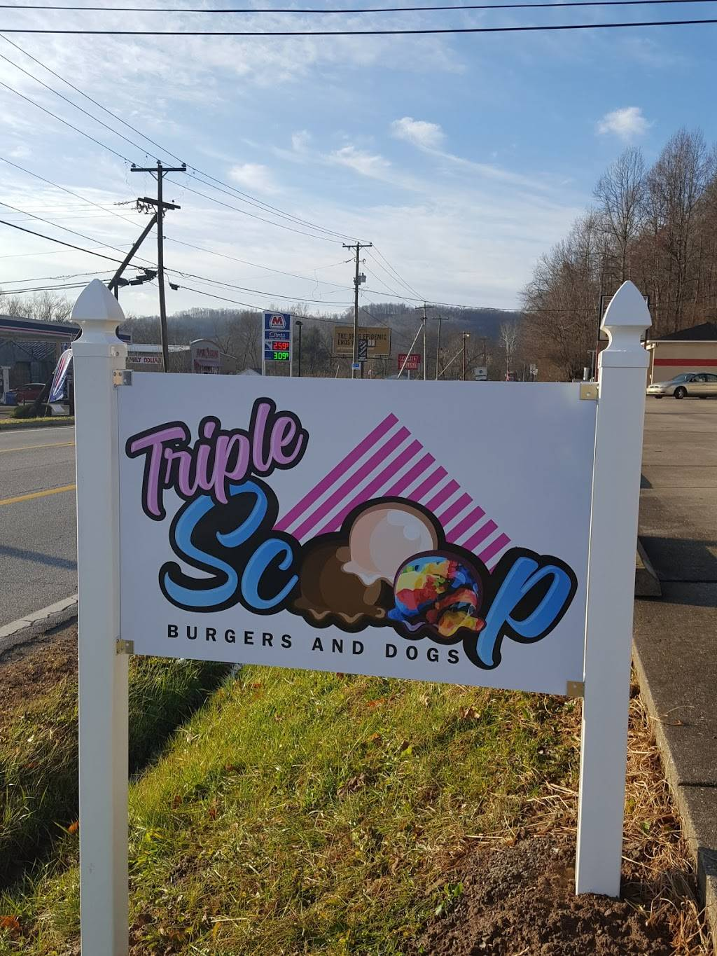 Triple Scoop Burgers and Hotdogs | restaurant | 5753 WV-10, Branchland, WV 25506, USA
