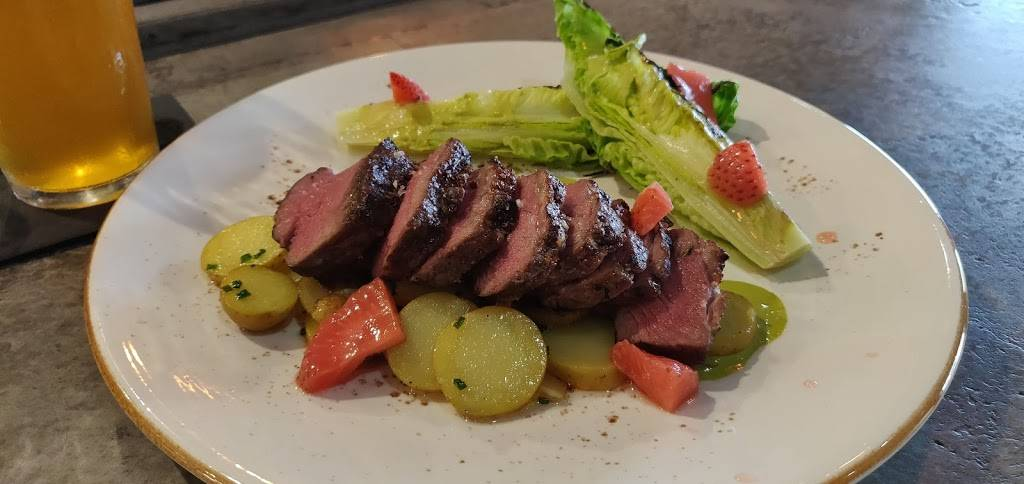 The Little Lamb Gastropub | restaurant | 2475 north McMullen Booth Rd, Clearwater, FL 33759, USA | 7274013339 OR +1 727-401-3339