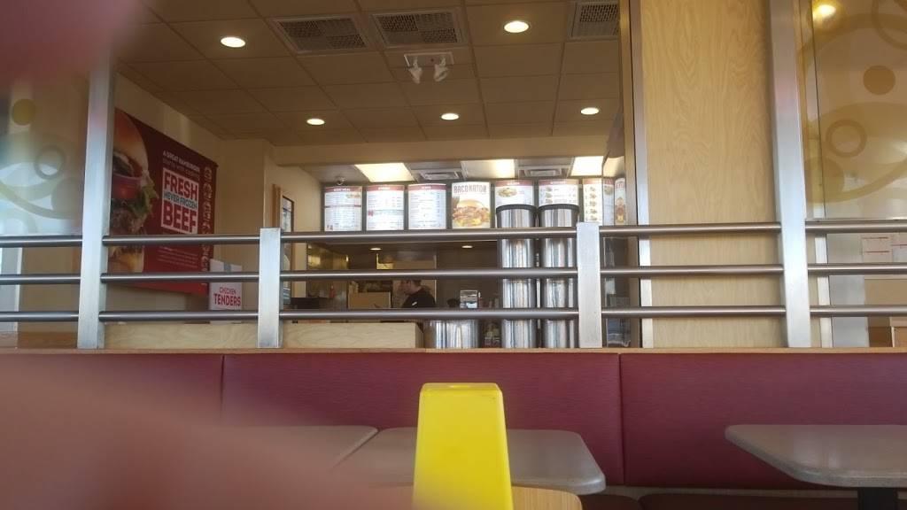 Wendys   restaurant   21909 Ecorse Rd, Taylor, MI 48180, USA   3132991330 OR +1 313-299-1330