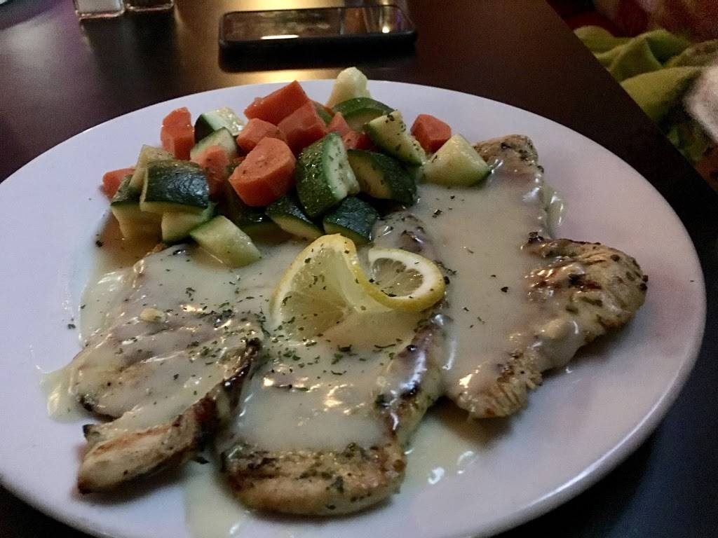 The Heights Bar & Grill   restaurant   163 Boulevard, Hasbrouck Heights, NJ 07604, USA   2012889338 OR +1 201-288-9338