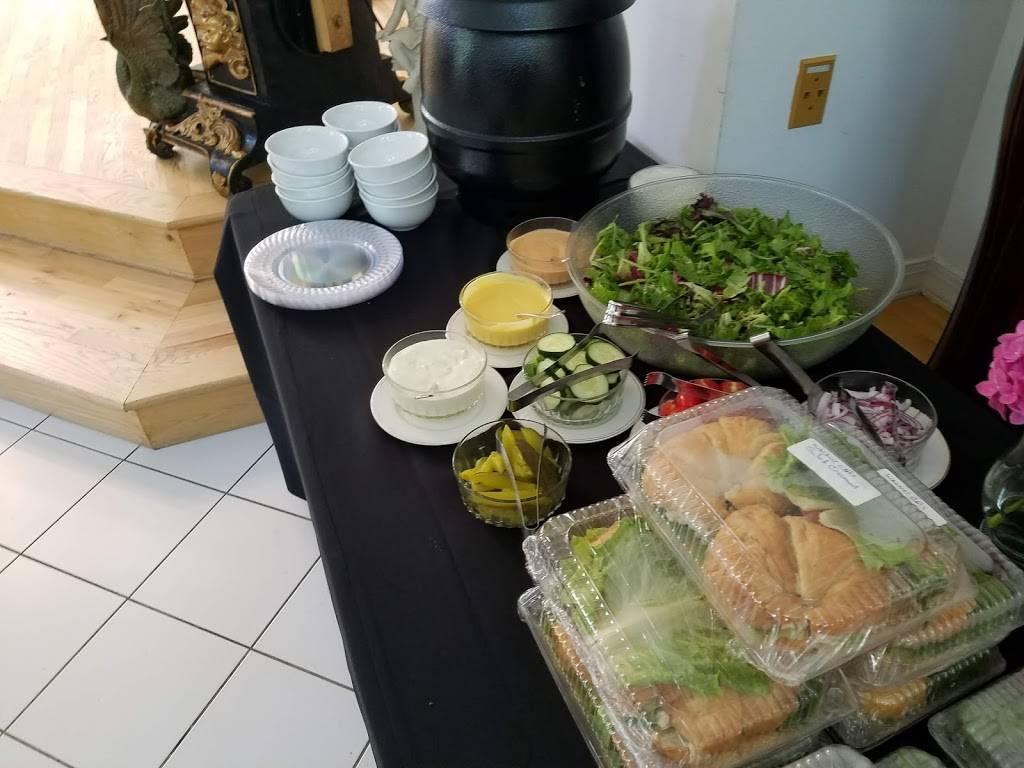 Salazar Catering/Boardroom Cafe | restaurant | 10910 Clarksville Pike, Ellicott City, MD 21042, USA | 4103136764 OR +1 410-313-6764