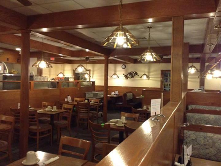 Family Affair Restaurant   restaurant   2061 W Galena Ave, Freeport, IL 61032, USA   8152322133 OR +1 815-232-2133