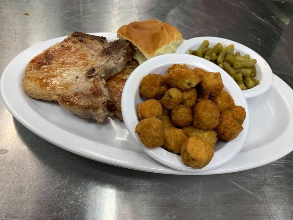 Hayesville Grill | restaurant | 18 Creekside Cir Unit #10, Hayesville, NC 28904, USA | 8284151648 OR +1 828-415-1648