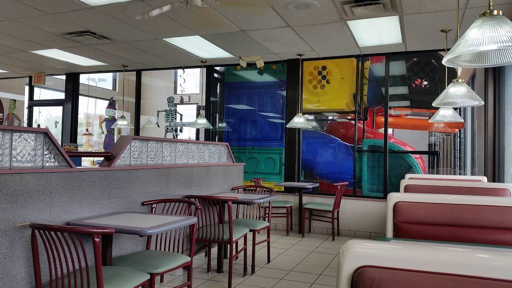 Burger King | restaurant | 1 Marquette Ave, Oglesby, IL 61348, USA | 8158837190 OR +1 815-883-7190