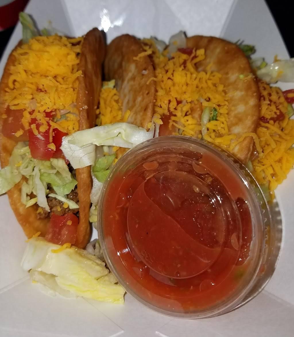 Esthers Sueno | restaurant | 602 Fillmore St, Ottawa, IL 61350, USA | 8154339484 OR +1 815-433-9484
