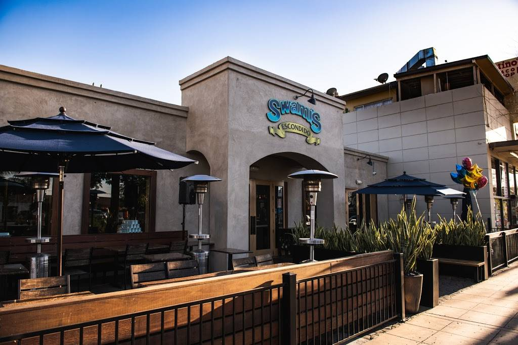 Swamis Cafe Escondido | restaurant | 503 W Grand Ave, Escondido, CA 92025, USA | 7602941226 OR +1 760-294-1226