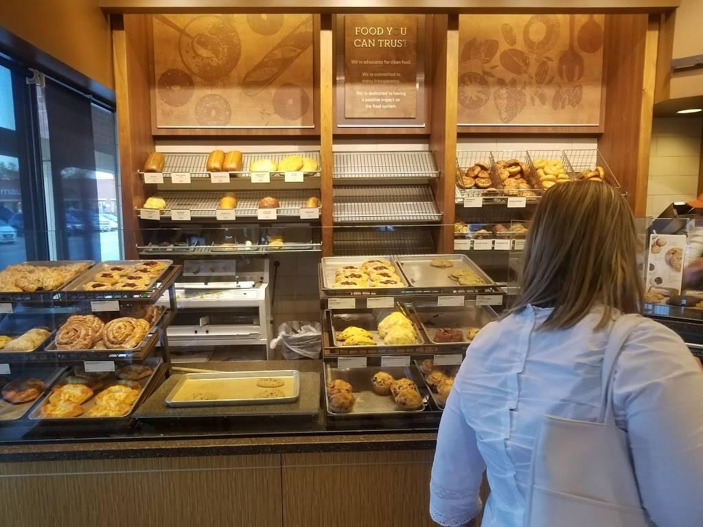 Panera Bread | cafe | 1001 West 75th Street, Woodridge, IL 60517, USA | 6309105310 OR +1 630-910-5310