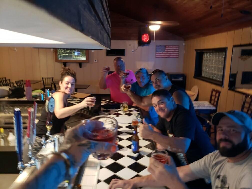 Dales Ales | restaurant | 2400 N Volusia Ave, Orange City, FL 32763, USA | 3862184450 OR +1 386-218-4450