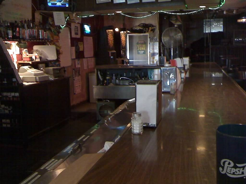 End Zone | restaurant | 284 N Division St, Woodhull, IL 61490, USA | 3093342641 OR +1 309-334-2641