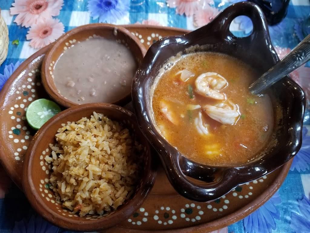 El Portal | restaurant | Carretera, Rosarito - Ensenada Km, 41707 B.C., Mexico | 016611147750 OR +52 661 114 7750