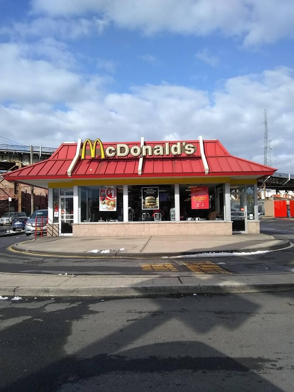 McDonalds | cafe | 1101 E Tremont Ave, Bronx, NY 10460, USA | 7188244123 OR +1 718-824-4123