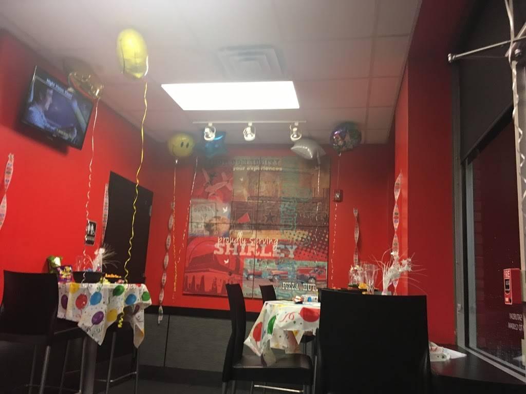 Pizza Hut Restaurant 534 William Floyd Pkwy Shirley Ny