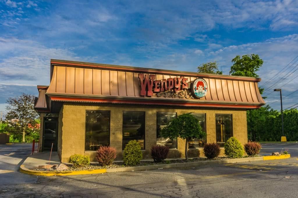 Wendys | restaurant | 441 NY-211 E, Middletown, NY 10940, USA | 8453424141 OR +1 845-342-4141